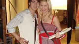 Joe Jonas Dating Chelsea Staub?