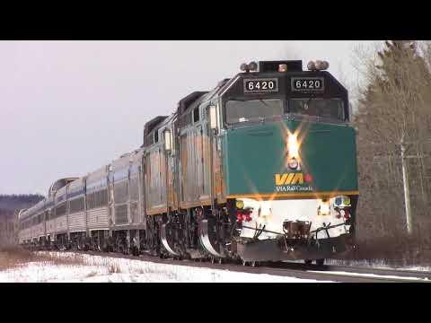 "Budd VIA ""Ocean"" Train 14 at Memramcook, NB at Speed (Mar 19, 2018)"