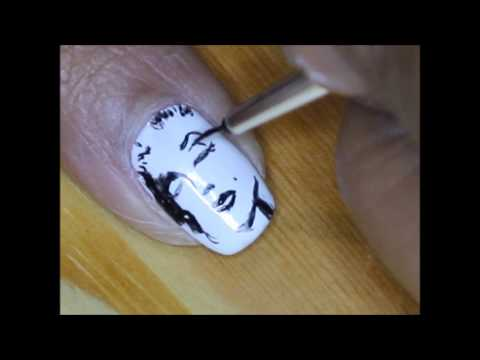 marilyn monroe nails design