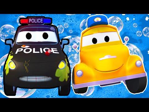 Matt el Carro Policía en el lavado de Autos de Tom La Grúa  Dibujos animados para niñas y niños
