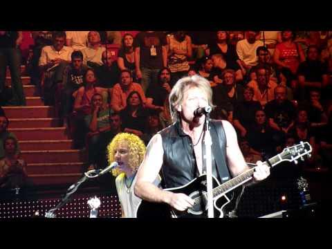 Bon Jovi - We weren`t born to follow Paris 2010