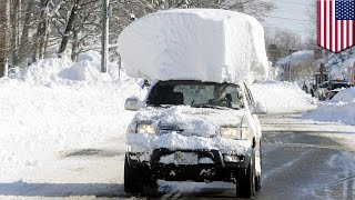 Lake effect storm traps vehicles on highways in New York and Great Lakes region