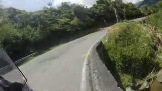 Kawasaki Versys 650 - Descenso a Cisneros ( Antioquia)