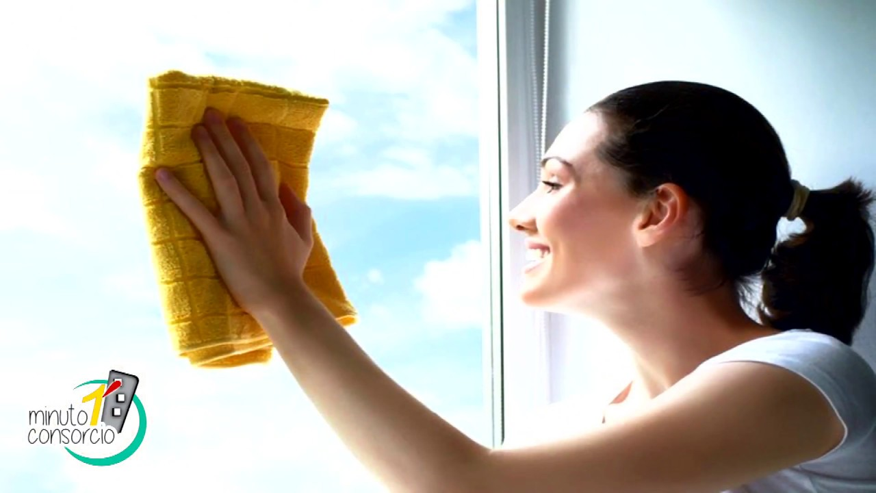 C mo limpiar los vidrios sin dejar marcas youtube - Como limpiar los vidrios ...