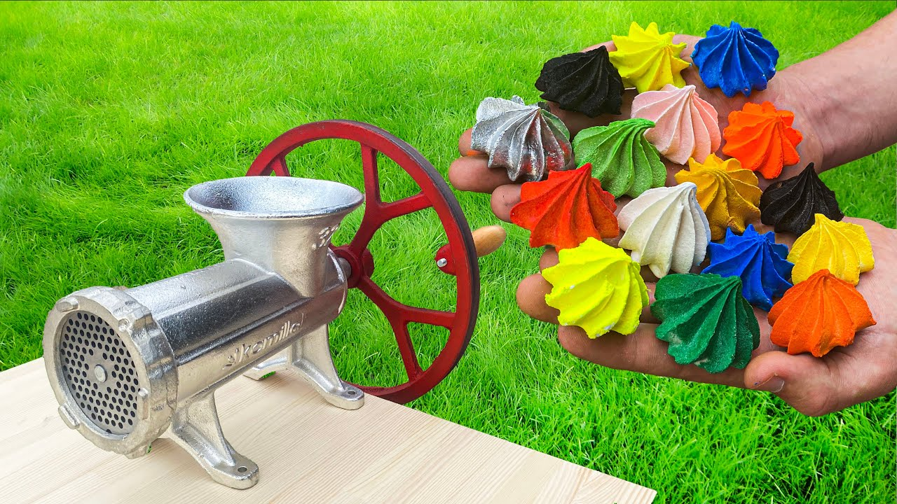 EXPERIMENT COLORFUL СAKES VS MEAT GRINDER