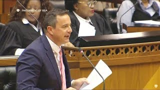 DRAMA-DRAMA! EFF vs DA John Steenhuisen On His Qualifications