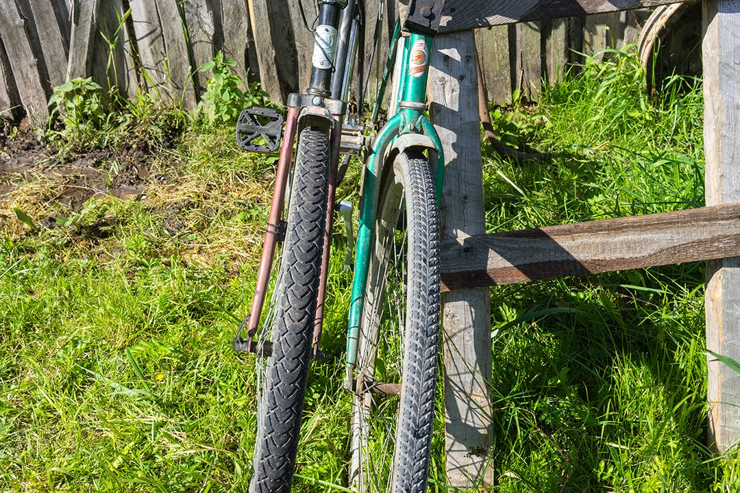Как отремонтировать заднее колесо дорожного велосипеда ММВЗ Аист .