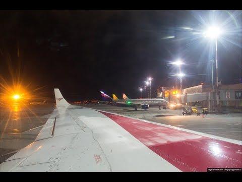 Night Landing In Ufa   Ночная посадка в Уфе Tu204 Red Wings RA-64020