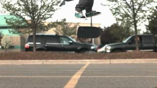 Skateology: kickflip (1000 fps slow motion)