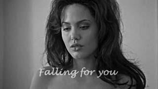 Falling for you GiaLinda Angelina Jolie  Elizabeth Mitchell