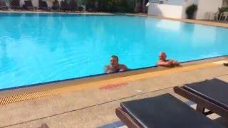Video Hua Hin Grand Hotel - naked man in pool! download MP3, 3GP, MP4, WEBM, AVI, FLV November 2018