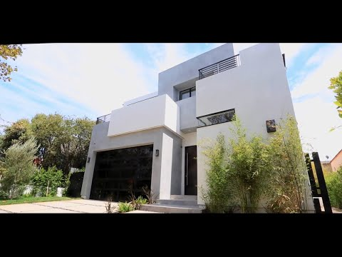 Hollywood Luxury Home: 622 N Edinburgh