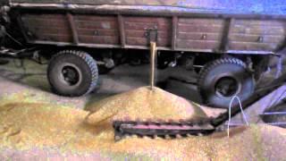 видео: саморобний навантажувач зерна