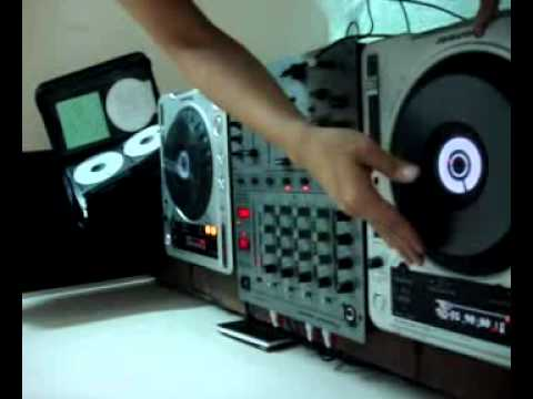 DJ Linh Lee.swf