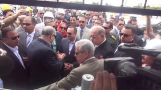 قناة السويس الجديدة : لحظة فتح وزير البترول محافظ الاسماعيلية محابس الغاز الطبيعى