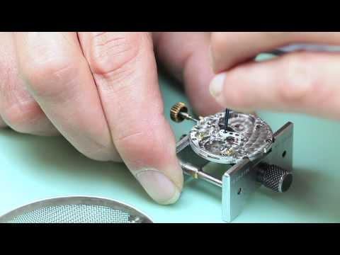 Rolex Submariner Watchmaking Demonstration | Watchfinder & C