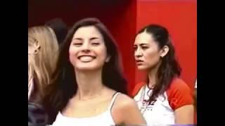 Kary Correa como edecan de la serie CART del 2002