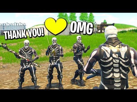 I gifted my whole Fortnite clan the Skull Trooper skin...