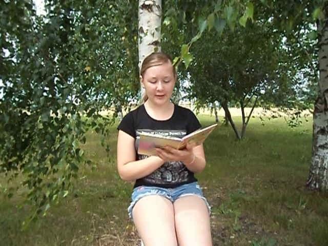 Изображение предпросмотра прочтения – ВикторияТелегина читает произведение «Весенний дождь» А.А.Фета