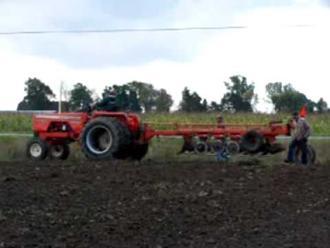 Allis Chalmers 190 XT with 6 bottom plow