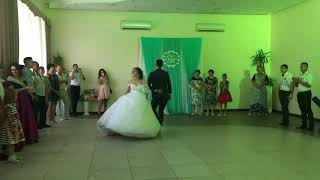 Первый танец молодых.Слободзея.Евгений Молодоженов.