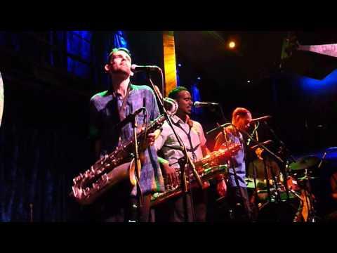 Souljazz Orchestra 12 Mista President (Jazz Cafe Camden London 05/10/2015) mp3