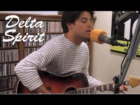Delta Spirit - Tear It Up - Live at Lightning 100 mp3