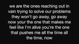 Korn~spikes in my veins lyrics