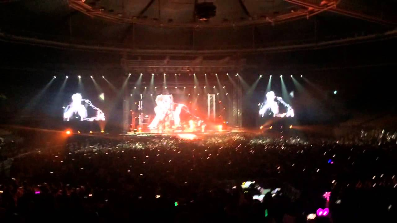 supermassive black hole live - photo #3