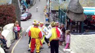 cadgwith morris dancers