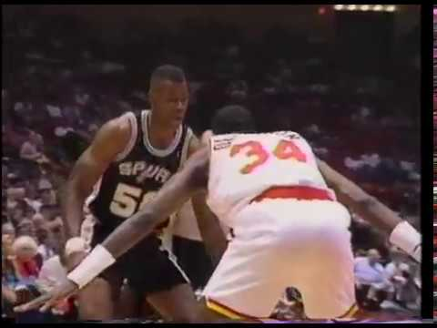 Hakeem Olajuwon vs David Robinson MVP battle - Highlights 4/9/1994