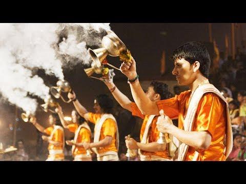 Om Jai Jagdish Hare Aarti (With Lyrics) | Live Aarti in Varanasi / Banares | B.Sivaramakrishna Rao