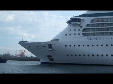 Cruise ship in Port Kembla Harbour for first time ever.