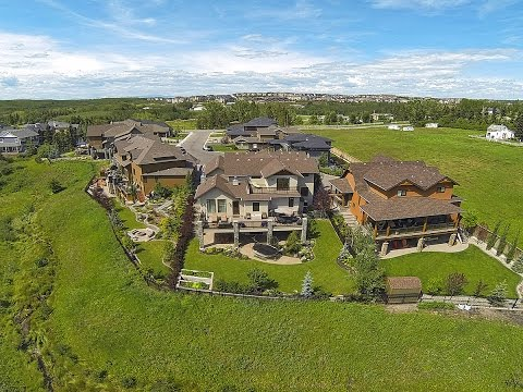 Stunning Calgary Luxury Home with Valley & Mountain Views - 22 Spring Willow Mews SW