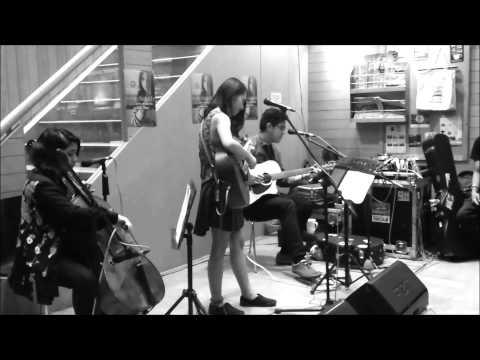Clara Benin - Free Fallin' (Live)