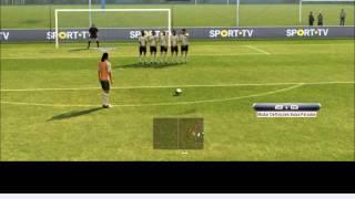 vuclip Bater livres com Ronaldinho, Messi e CR7 PES 13