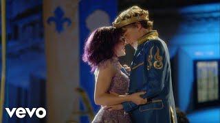 Feeling the Love (Descendants: The Royal Wedding   Supercut)