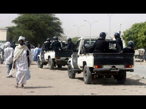 موريتانيا: إطلاق سراح مدون متهم بالردة بعد تخفيف حكم الإعدام الصادر بحقه