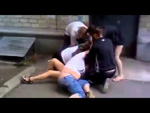 драка девушек видео на онлайне и порно видео на онлайне