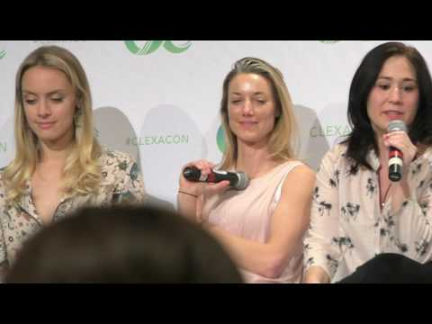 Lost Girl reunion (FULL HD PART 1) ClexaCon 2017. Zoie Palmer, Rachel Skarsten, Emily Andras.
