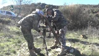 وكالة قاسيون  قوات المعارضة تجّهز مدافع الهاون لاستهداف تجمعات النظام في ريف اللاذقية 7-12-2015