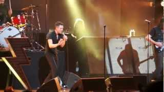 The Killers - When You Were Young - KROQ Almost Acoustic Christmas - December 9, 2012