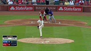 NYM@STL: Lackey deflects a ball, tosses to first
