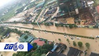 Toàn cảnh mưa lớn, đường phố Hà Nội thành sông | VTC