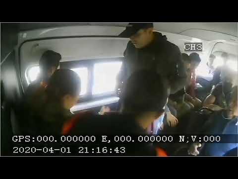 Delincuents asaltan a pasajeros de una combi en plena contingencia en Ixtapaluca