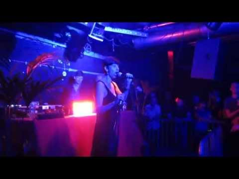 "Diana Est ""Pekino"" live @ Doka, Amsterdam"