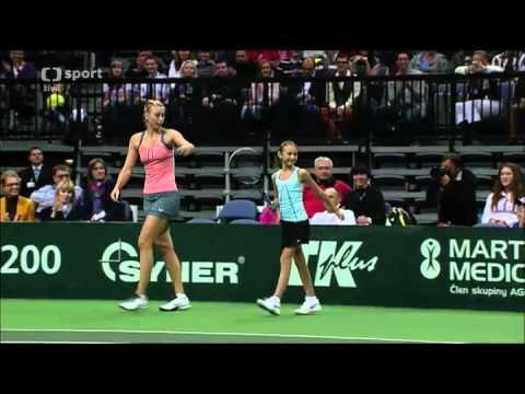 Sharapova vs. Kvitová, Šafářová- Prague Exhibition (Full match)