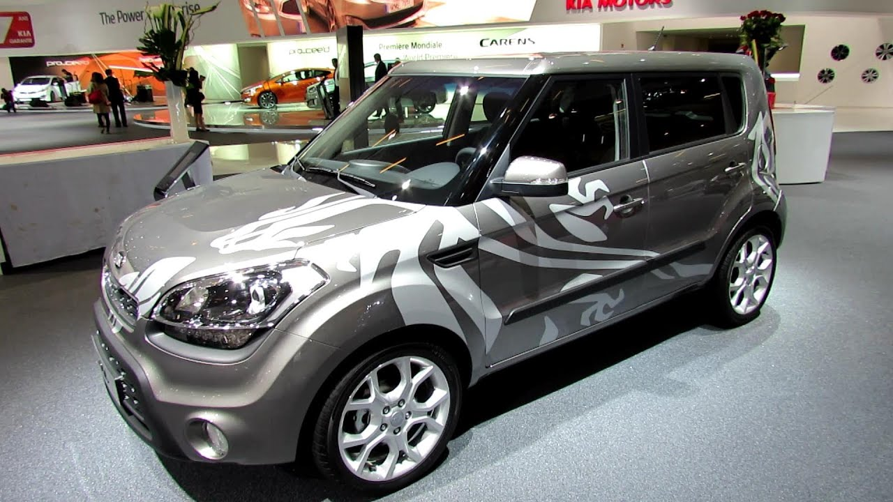 2013 kia soul sport diesel exterior and interior walkaround 2012 paris auto show youtube. Black Bedroom Furniture Sets. Home Design Ideas