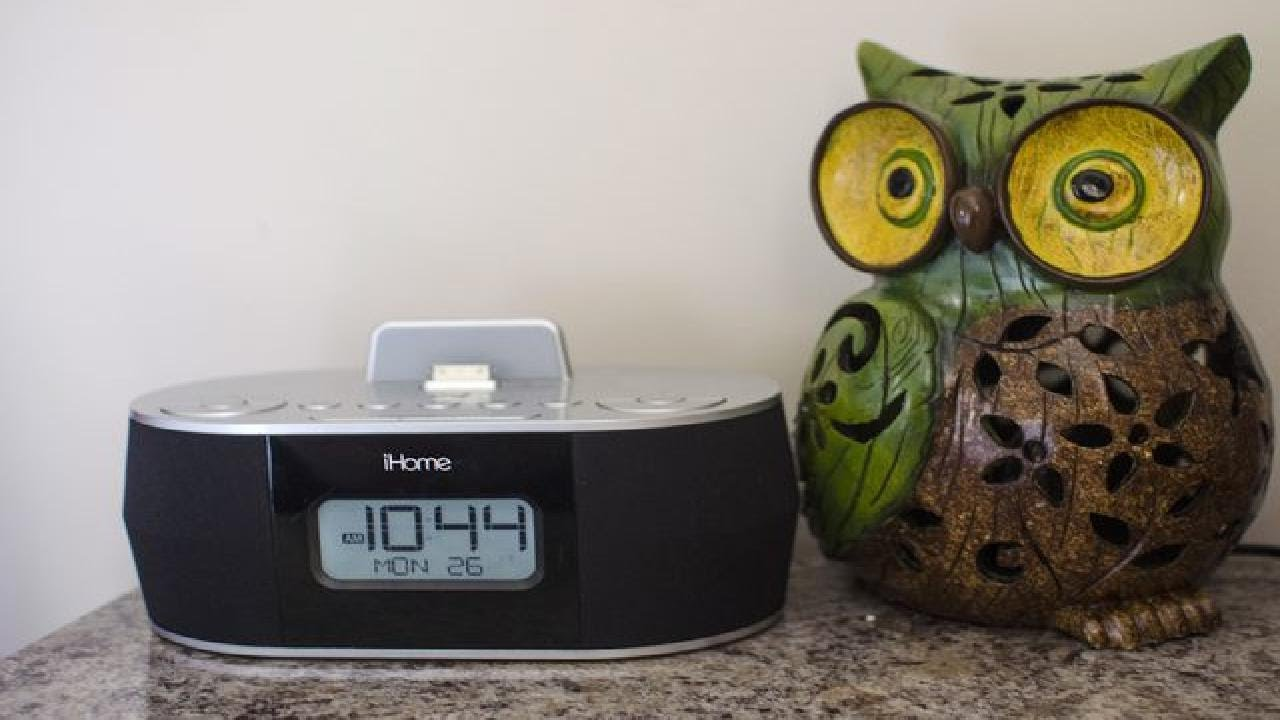 How to Set the Clock on the iHome