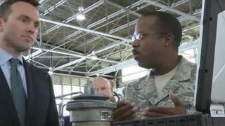 Армию США может возглавить министр-гей